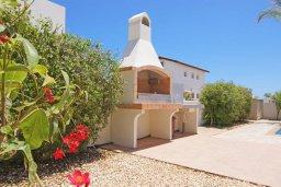 Территория. Кипр, Ионион - Айя Текла : Новая роскошная вилла с 3-мя спальнями, с бассейном, с традиционной печью и солнечной террасой, расположена в небольшом комплексе в Айя-Текла
