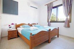 Спальня 3. Кипр, Ионион - Айя Текла : Новая роскошная вилла с 3-мя спальнями, с бассейном, с традиционной печью и солнечной террасой, расположена в небольшом комплексе в Айя-Текла