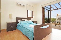 Спальня 3. Кипр, Ионион - Айя Текла : Прекрасная двухэтажная вилла в 100 метрах от моря с 3-мя спальнями,  с бассейном и приватным двориком