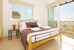 Спальня. Кипр, Пернера Тринити : Красивая двухэтажная вилла с 3-мя спальнями, с зелёным двориком и джакузи