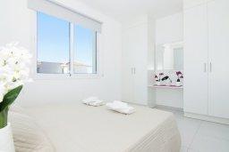 Спальня 2. Кипр, Пернера Тринити : Новая роскошная двухэтажная вилла с 3-мя спальнями, с бассейном, патио и барбекю