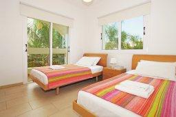Спальня 3. Кипр, Коннос Бэй : Роскошная красивая двухэтажная вилла с 3-мя спальнями, с бассейном и потрясающим зелёным садом с патио