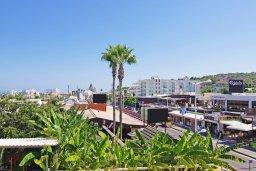 Вид. Кипр, Каво Марис Протарас : Пентхаус в 100 метрах от пляжа, с 3-мя спальнями, 2-мя ванными комнатами и балконом с видом на море