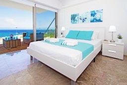 Спальня. Кипр, Каво Марис Протарас : Потрясающий апартамент в 100 метрах от пляжа, с двумя спальнями и балконом с шикарным видом на море