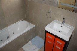 Ванная комната 2. Кипр, Фиг Три Бэй Протарас : Уютный апартамент с 3-мя спальнями и шикарным видом на море, в комплексе с общим бассейном