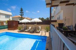 Бассейн. Кипр, Коннос Бэй : Уютная вилла с видом на море, с 2-мя спальнями, с бассейном, с солнечной террасой на крыше и барбекю