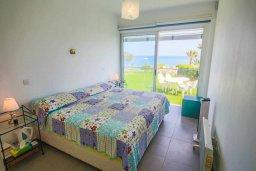 Спальня 2. Кипр, Пернера Тринити : Потрясающий апартамент на побережье, с 2-мя спальнями, с меблированной верандой и панорамным видом на море