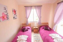 Спальня 3. Кипр, Корал Бэй : Уютная вилла с 3-мя спальнями, бассейном, патио и барбекю, расположена в тихом районе Coral Bay