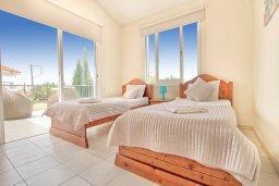 Спальня 3. Кипр, Корал Бэй : Роскошная вилла с 4-мя спальнями, с бассейном, с красивым зелёным садом с солнечной террасой и барбекю