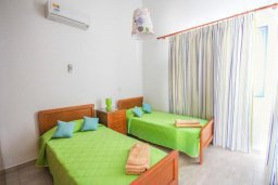 Спальня 2. Кипр, Санрайз Протарас : Современная вилла на побережье с 2-мя спальнями, солнечной террасой с патио и барбекю, расположена у песчаного пляжа Sunrise