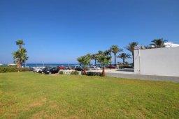 Территория. Кипр, Санрайз Протарас : Современная вилла на побережье с 2-мя спальнями, солнечной террасой с патио и барбекю, расположена у песчаного пляжа Sunrise