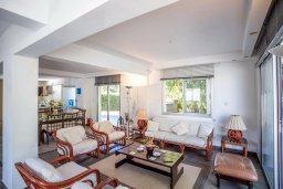 Гостиная. Кипр, Каво Марис Протарас : Шикарная вилла с 4-мя спальнями, с большим бассейном и просторным зелёным садом с патио и барбекю