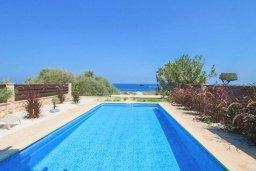 Бассейн. Кипр, Каво Марис Протарас : Роскошная вилла с панорамным видом на Средиземное море, с 4-мя спальнями, с бассейном, солнечной террасой и барбекю