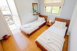Спальня 2. Кипр, Ионион - Айя Текла : Роскошная вилла с бассейном и зелёным садом, с 2-мя спальнями, патио и барбекю, расположена в тихом и спокойном месте