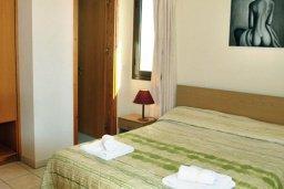 Спальня. Кипр, Си Кейвз : Прекрасная вилла с 2-мя спальнями, с бассейном, сауной, джакузи и барбекю