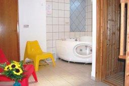 Ванная комната. Кипр, Си Кейвз : Прекрасная вилла с 2-мя спальнями, с бассейном, сауной, джакузи и барбекю