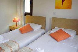 Спальня 2. Кипр, Си Кейвз : Шикарная вилла с видом на море, с 4-мя спальнями, с бассейном, зелёным двориком с патио и барбекю, с джакузи и сауной