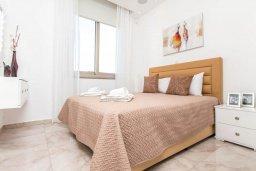 Спальня 2. Кипр, Каво Марис Протарас : Эксклюзивная вилла в 100 метрах от пляжа с потрясающим видом на море, с 5-ю спальнями, с бассейном, лифтом, террасой на крыше и барбекю