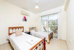 Спальня 3. Кипр, Каппарис : Современный апартамент с 3-мя спальнями, меблированным балконом, в комплексе с общим бассейном