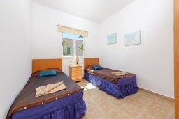 Спальня 3. Кипр, Пернера Тринити : Уютная вилла с 3-мя спальнями, с солнечной террасой с патио, бассейном и барбекю, расположена недалеко от пляжа
