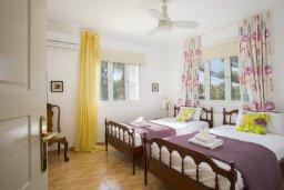 Спальня 3. Кипр, Санрайз Протарас : Изысканная вилла с 5-ю спальнями, с большим бассейном, зелёной территорией с барбекю и беседкой
