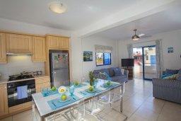 Кухня. Кипр, Пернера Тринити : Прекрасная вилла с 2-мя спальнями, уютным патио и барбекю