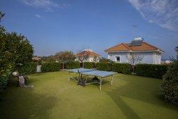 Территория. Кипр, Санрайз Протарас : Шикарная вилла с 3-мя спальнями, с бассейном и патио, с частным садом с бильярдом и настольным теннисом