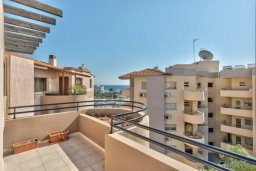 Вид. Кипр, Мутаяка Лимассол : Пентхаус с просторной гостиной, тремя отдельными спальнями, двумя ванными комнатами и большой террасой, для 6 человек