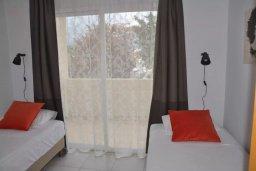 Спальня 2. Кипр, Пернера : Апартамент в комплексе с бассейном, c гостиной, двумя спальнями, двумя ванными комнатами и балконом с видом на море