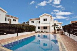 Фасад дома. Кипр, Каво Марис Протарас : Роскошная вилла с бассейном в 150 метрах от пляжа, 3 спальни, 3 ванные комнаты, барбекю, парковка, Wi-Fi