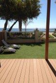 Терраса. Кипр, Гермасойя Лимассол : Семейный апартамент в 50 метрах от пляжа, с гостиной, отдельной спальней и террасой с видом на море