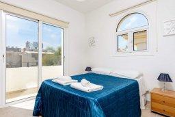Спальня. Кипр, Каппарис : Уютная вилла с 2-мя спальнями, с бассейном и пышным садом с патио и барбекю