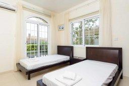 Спальня 3. Кипр, Каппарис : Прекрасная вилла с 3-мя спальнями, с бассейном и приватным двориком с тенистой террасой, с патио и барбекю