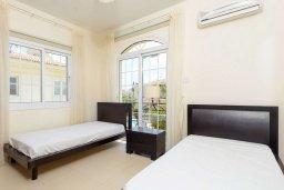 Спальня 2. Кипр, Каппарис : Прекрасная вилла с 3-мя спальнями, с бассейном и приватным двориком с тенистой террасой, с патио и барбекю