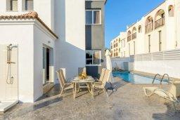 Территория. Кипр, Нисси Бич : Прекрасная вилла с 3-мя спальнями, с бассейном и двориком с патио и барбекю, расположена в нескольких минутах ходьбы от пляжа Nissi Beach