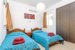 Спальня 3. Кипр, Нисси Бич : Прекрасная вилла с 3-мя спальнями, с бассейном и двориком с патио и барбекю, расположена в нескольких минутах ходьбы от пляжа Nissi Beach