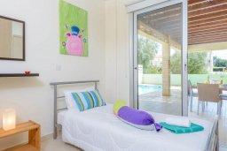Спальня 3. Кипр, Коннос Бэй : Роскошная вилла с 3-мя спальнями, с бассейном, тенистой террасой с патио и барбекю