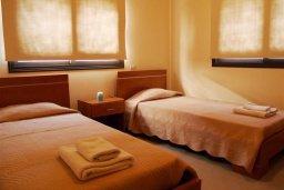 Спальня 2. Кипр, Каппарис : Уютный апартамент с двумя спальнями и балконом, в комплексе с бассейном, тренажерным залом и теннисным кортом