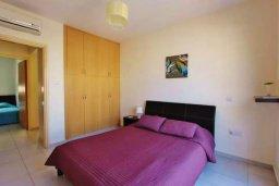 Спальня. Кипр, Пернера : Уютный таунхаус недалеко от пляжа, общий бассейн, 2 спальни, приватный дворик