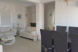Гостиная. Кипр, Каппарис : Прекрасная вилла с 2-мя спальнями, бассейном и уютным двориком с патио