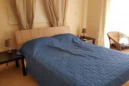 Спальня 2. Кипр, Каппарис : Современный апартамент в комплексе с бассейном, с гостиной, двумя спальнями и балконом