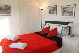Спальня. Кипр, Ларнака город : Уютный апартамент в 100 метрах от пляжа, с гостиной, двумя спальнями и балконом