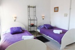 Спальня 2. Кипр, Ларнака город : Уютный апартамент в 100 метрах от пляжа, с гостиной, двумя спальнями и балконом