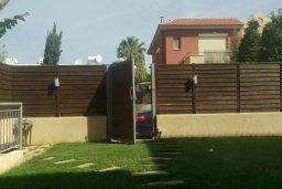 Территория. Кипр, Гермасойя Лимассол : Прекрасный мезонет в комплексе с бассейном и детской площадкой, 4 спальни, 3 ванные комнаты, приватный дворик, парковка, Wi-Fi