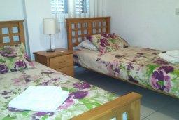 Спальня 2. Кипр, Пафос город : Апартамент в комплексе с 2-мя бассейнами и зеленой территорией, с гостиной, двумя спальнями и террасой