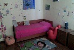 Спальня 3. Кипр, Дасуди Лимассол : Уютный дом с приватным двориком с барбекю, 4 спальни, 3 ванные комнаты, парковка, Wi-Fi