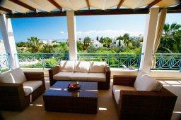Кипр, Лачи : Прекрасная вилла с бассейном и зеленым двориком с барбекю, 3 спальни, 3 ванные комнаты, парковка, Wi-Fi