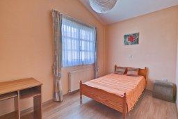 Спальня. Кипр, Дасуди Лимассол : Мезонет 4 спальни, 3 ванные комнаты, парковка