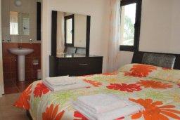 Спальня. Кипр, Полис город : Милая вилла с видом на море, с 3-мя спальнями, с бассейном и зелёным двориком с патио и барбекю