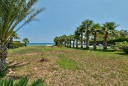 Территория. Кипр, Перволия : Шикарная вилла с потрясающим видом на море, с 6-ю спальнями, с бассейном, джакузи и большим садом, барбекю и бильярдом